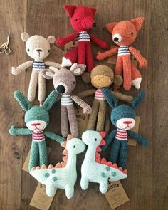 Cute Crochet, Crochet Dolls, Amigurumi Patterns, Crochet Patterns, Couture Bb, Knitted Animals, Yarn Crafts, Handmade Toys, Crochet Projects