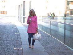 Pink coat / In my ballerines