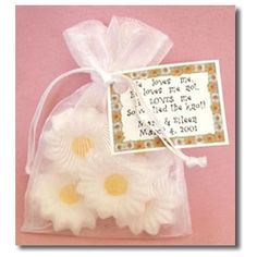 daisy wedding favor :)