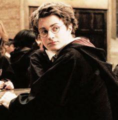 (notitle) Harry J. Harry Potter Icons, Harry Potter Aesthetic, Harry Potter Halloween, Harry James Potter, Harry Potter Shirts, Harry Potter Decor, Harry Potter Cast, Dramione, Drarry