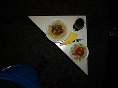 Pilzragout mit Makkaroninudeln und Mischsalat