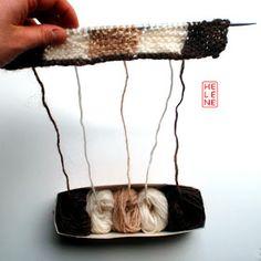 Hélène Magnússon - Knitting news from Iceland: Icelandic intarsia knitting: yarn management Intarsia Knitting, Intarsia Patterns, Loom Knitting, Knitting Stitches, Hand Knitting, Stitch Patterns, Knitting Patterns, Crochet Leaves, Crochet Yarn
