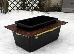 Så bygger du ett frostsäkert vattenkar till hagen. På vintern kan hästar drabbas av kolik till följd av för lite vatten.