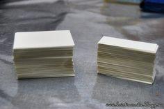 Forrige uke ble jeg endelig ferdig med bordkortene / gaveeskene, og her følger en kort oppskrift ...