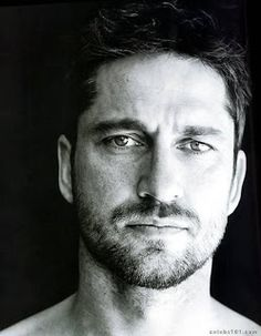 Gerard Butler. My favorite actors. #Actors #entertainment #characters #movies DEMAISSSSSSS