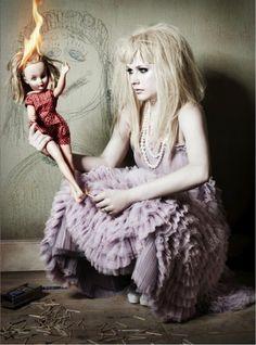 Avril Lavigne...my type of girl
