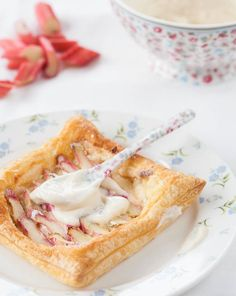 Creamy Rhubarb Tarts - Honest Cooking