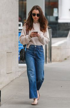 Lily Collins wearing Chloe Lauren Flats, Valentino Rolling Rockstud Guitar Strap Bag, Elizabeth and James Burke Sunglasses and J Brand Joan High-Rise Wide Leg Crop Jeans in Mimic Lily Collins Casual, Lily Collins Style, Look Fashion, Fashion Outfits, Celebrity Casual Outfits, Jeans Outfit Winter, Outfit Jeans, Vetement Fashion, Celebrity Style Inspiration