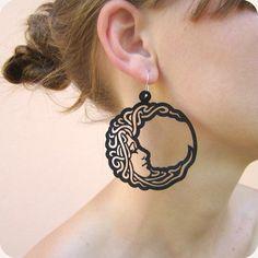 Laser cut earrings round lady