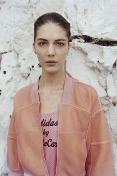 Adidas by Stella McCartney - Spring Summer 2014 Ready-To-Wear - Shows - Vogue.it