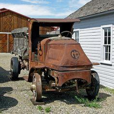 1916 Mack AC Truck - photo by Chuck_893