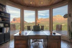 After escaping the cold of Minnesota, the owners built this roughly home in Sedona, Ariz., designing it to capture views of the surrounding red rock formations. Office With A View, The Office, Office Ideas, Office Spaces, Square Feet, Desk, Windows, Building, Home