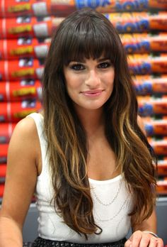 Great bangs, extensions and highlights Lea! // Lea Michele at Comic-Con 2012