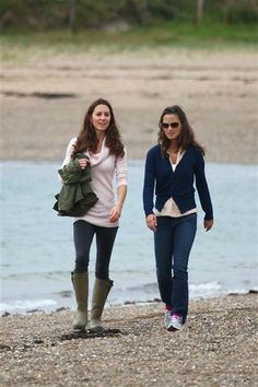 I love Kate's casual looks too!