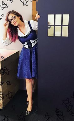 Jessica Chobot Jessica Chobot, Millionaire Dating, Geek Girls, Geek Chic, Cool Outfits, Amazing Outfits, Doctor Who, Geek Stuff, Hair Color
