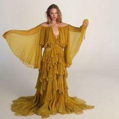 "MODE. Behind the scenes #elletbt #decemberissue 2016 modellen @jojorisin i klänning från @roberto_cavalli AW16Ja! Det är den omtalade klänningen som Beyoncé bar i sin video till ""Hold Up"" (: @carlmbengtsson stylist @josephineaune hårstylist @joeyvesasmar makeup @veronica_lindqvist ) #ellesverige #ellemagazine #beyonce  via ELLE SWEDEN MAGAZINE OFFICIAL INSTAGRAM - Fashion Campaigns  Haute Couture  Advertising  Editorial Photography  Magazine Cover Designs  Supermodels  Runway Models"