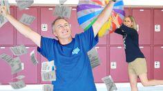 How Teachers Act On The Last Day Of School!BY:Rclbeauty101