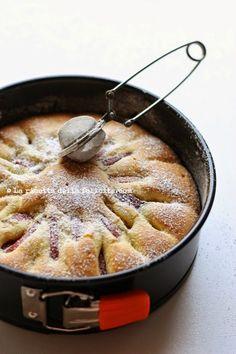 La ricetta della felicità: Torta sofficissima alle pesche noci anche senza glutine!