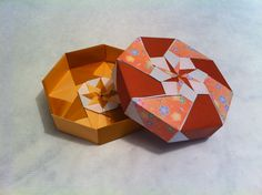Caja octogonal de Tomoko Fuse