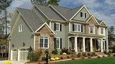 Learn about how much it costs to install Hardie siding, available material and color options as well as detailed prices.