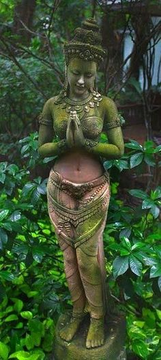 Kuan Yin, goddess of compassion. Kuan means Earth and Yin is the female life force. She is a completely enlightened Buddha who made a promise in the distant past that after reaching complete enlightenment she would always appear in female form for the ben Outdoor Statues, Garden Statues, In Der Disco, Urban Garden Design, Yoga Studio Design, Art Sculpture, Gods And Goddesses, Yard Art, Deities