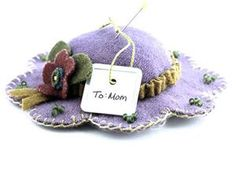 DIY Pincushion Patterns: Old Fashion Hat Wool Pin Cushions