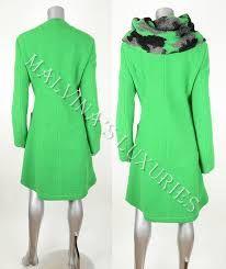 Bildergebnis für Green coat save the queen Save The Queen, Green Coat, Dresses For Work, Spring, Fashion, Green Trench Coat, Moda, Fashion Styles, Fashion Illustrations
