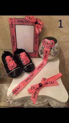 Deluxe Designer Babysets / Babyshower / Strassschnuller gr.6-9 monate für Mädchen / Girls Baby Shoes /  rhinestone pacifiers