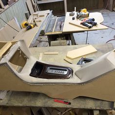 custom center console under construction fiber glass