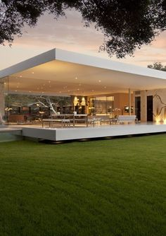Modern house design - The Most Minimalist House Ever Designed The Glass Pavilion modern home design dream home design architecture Pavilion Architecture, Amazing Architecture, Interior Architecture, Mobile Architecture, Modern Interior, Modern Architecture House, Modern Buildings, Landscape Architecture, California Architecture