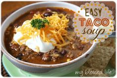 Taco Soup - I made this in the crockpot. So easy and so yummy to come home to. Mexican Food Recipes, New Recipes, Crockpot Recipes, Soup Recipes, Cooking Recipes, Favorite Recipes, Yummy Recipes, Recipies, I Love Food