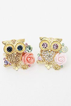 cute rings-- don't usually wear rings, but I would wear the one on the left in a heart beat :)