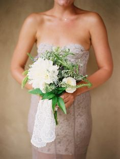 Simple white bouquet: http://www.stylemepretty.com/2013/04/18/deer-valley-wedding-from-leo-patrone-photography/ | Photography: Leo Patrone Photography - http://leopatronephotography.com/