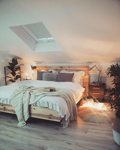 5 Below Bed Canopy . 5 Below Bed Canopy . Christina Anstead S Black Canopy Bed Pairs Well with Her Room, Canopy Design, Bedroom Design, Decor Interior Design, House Rooms, Home Decor, King Bedroom Sets, Black Canopy Beds, Room Inspo