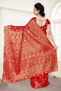 Buy Viva N Diva Red Colored Banarasi Silk Saree 21109 online at best prices. Get discount on Silk Sarees, Sarees with home delivery from Fashionnow.