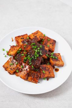 I really love Korean cuisine and this amazing Korean-style spicy tofu is so delicious and easy to make. I usually eat it with some rice and veggies. Veggie Recipes, Asian Recipes, Beef Recipes, Vegetarian Recipes, Cooking Recipes, Healthy Recipes, Korean Tofu Recipes, Spicy Tofu Recipes, Ethnic Recipes