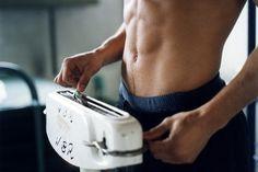 Laufen ist als Fettkiller bekannt. Oft bleibt aber nach den ersten Anfangserfolgen die Gewichtsanzeige konstant hoch. Laufen und Gewicht – das müssen Sie wissen!