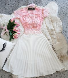 Ñe Pretty Outfits, Pretty Dresses, Beautiful Dresses, Cute Outfits, Event Dresses, Casual Dresses, Fashion Dresses, Girls Dresses, Skirt Outfits