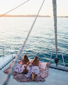 05c50ba496b Waking up with the sun ✨Whitsundays pastel sky's matching pastel linen  /kipandco/ ✨ ✨/summersite/ /queensland/
