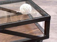 meuble industriel, table basse industrielle, table basse bois métal, table basse sur mesure, table basse verre métal