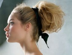 Wear a big, fluffy bun next time you go for a girl's night out