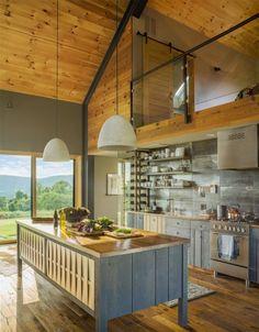 Small and cozy modern barn cottage in Vermont- Kleine und gemütliche moderne Scheune Ferienhaus in Vermont Small and cozy modern barn cottage in … - Modern Barn House, Barn House Plans, Modern House Design, House Floor Plans, Modern Houses, Modern Cottage, Small Houses, Tiny House, Le Vermont