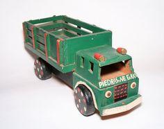 Handmade Wooden Farm Truck, Pull Toy, Piedras Negras Coahuila Mexico by RobsHobbies on Etsy