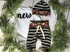 Newborn Girls Take Home Outfit / Newborn Girl Coming Home