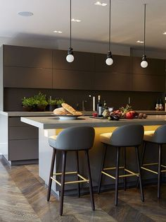 Award-winning Knightsbridge Penthouse London by Staffan Tollgard - Kitchen Lighting Best Pin Contemporary Interior Design, Kitchen Lighting Design, Kitchen Remodel, Luxury Kitchens, Kitchen Inspirations, Modern Kitchen, Kitchen Interior, Interior Design Kitchen, Luxury Kitchen