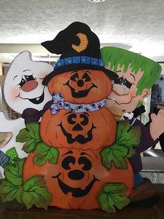 Ghost Frankenstien and Pumpkin Trio by Gourdsandgifts on Etsy Halloween Train, Halloween Yard Art, Country Halloween, Halloween Wood Crafts, Halloween Yard Decorations, Halloween Painting, Halloween Birthday, Outdoor Halloween, Halloween Season