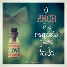 Deus, para a felicidade do homem, inventou a fé e o amor.!...