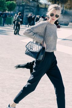 Street looks à la Fashion Week printemps-été 2016 de Paris…