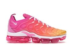 Buy and sell authentic Nike Air VaporMax Plus Laser Fuchsia Psychic Pink (W) shoes and thousands of other Nike sneakers with price data and release dates. White Nike Shoes, Nike Air Shoes, Nike Air Vapormax, Cute Sneakers, Sneakers Nike, Sneakers Women, Nike Air Max Running, Hype Shoes, Dream Shoes