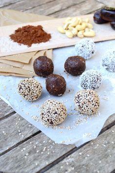 Energy balls 3 ingrédients sans gluten sans cuisson vegan #recettevegetalienne #vegan #enargyballs